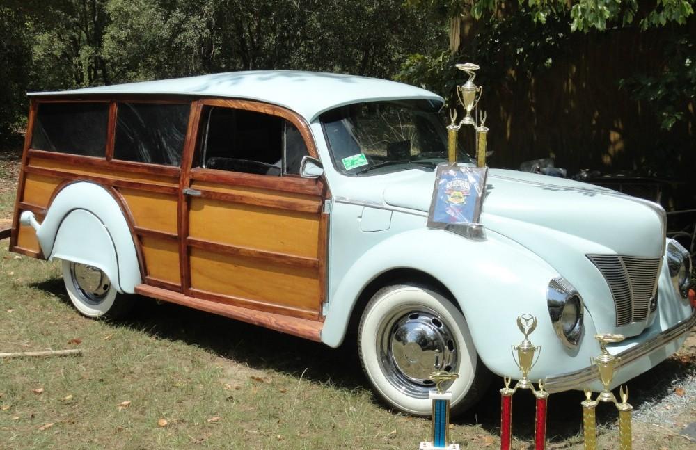 1973 VW Super Beetle: Show-Winning Woody