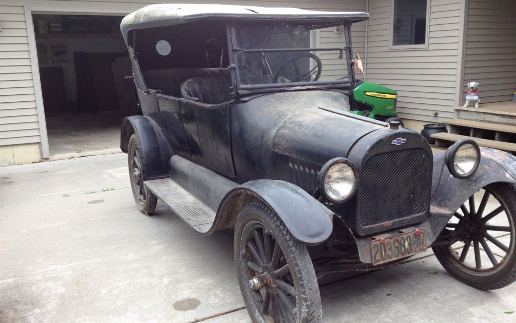 Model T Fighter: 1920 Chevrolet 490 Touring