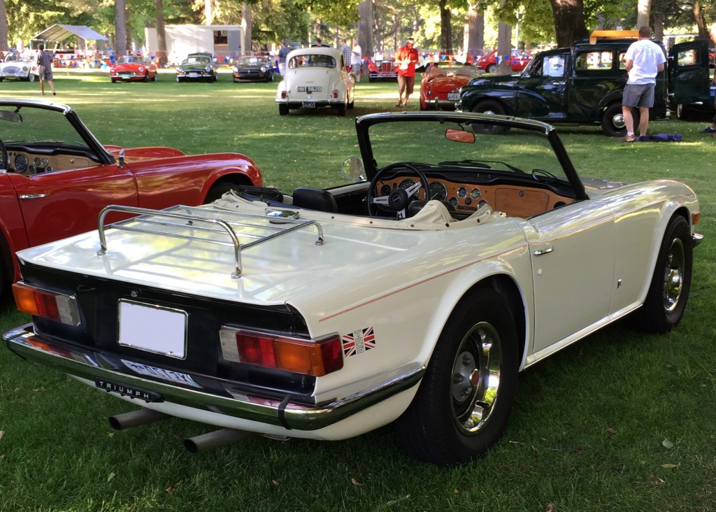 Fuel Injected 1976 Triumph Tr6