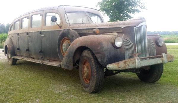 1941 Packard 90 Tour Bus