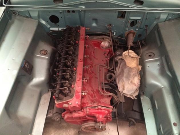 Valiant Engine