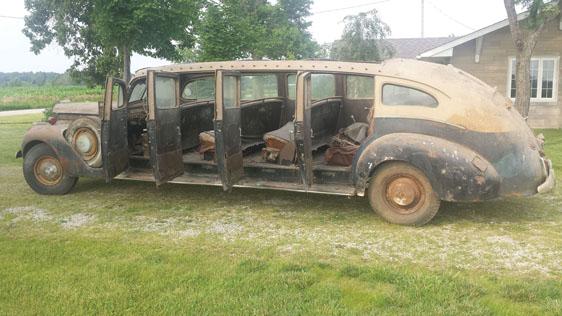 1941 Packard 90 Open Top Tour Bus