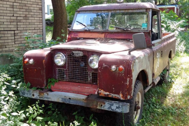 Pickup In The Bushes: 1964 Land Rover