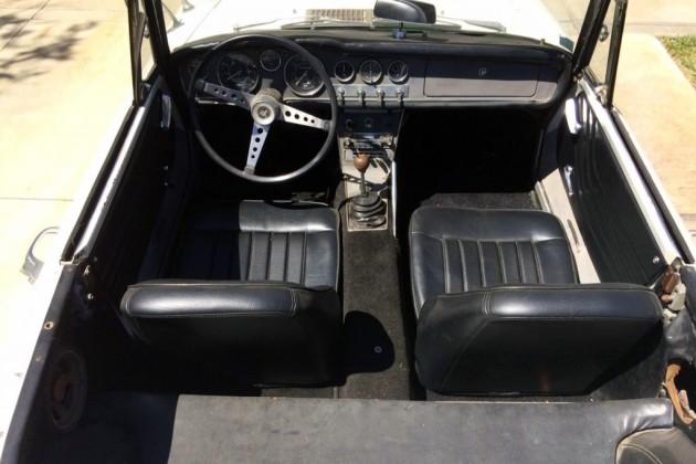 Datsun 1600 Roadster Interior