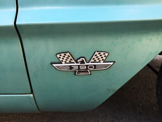 Ford 390 Badge