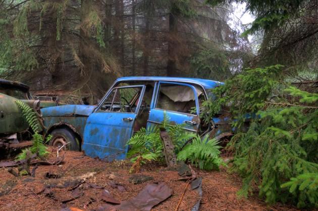 Newer car at Chatillon