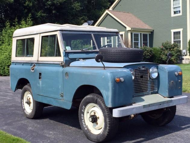 Motoring Monday: 1961 Land Rover Survivor