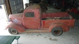 1937 chevy truck kept in a barn for 50 years. Black Bedroom Furniture Sets. Home Design Ideas