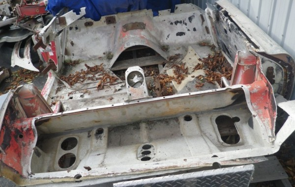 '57 Corvette body end