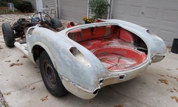 '58 Vette Rear