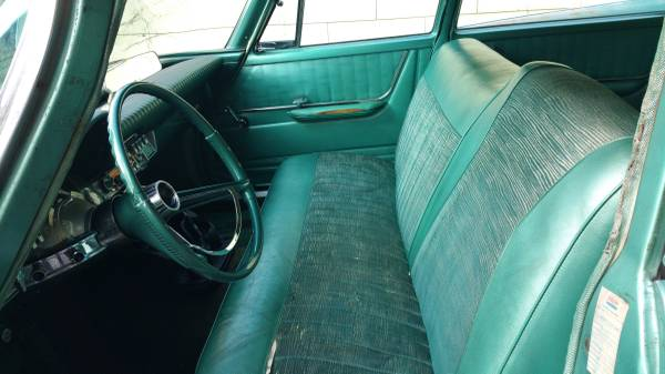'61 Windsor front seat