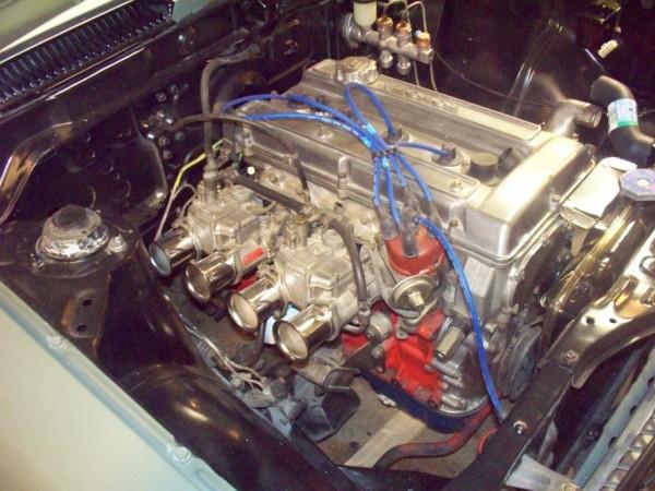'72 Corolla engine