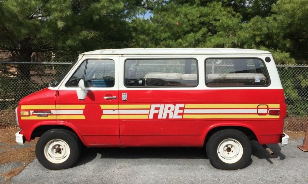 1984 chevrolet g20 fire van emergency. Black Bedroom Furniture Sets. Home Design Ideas