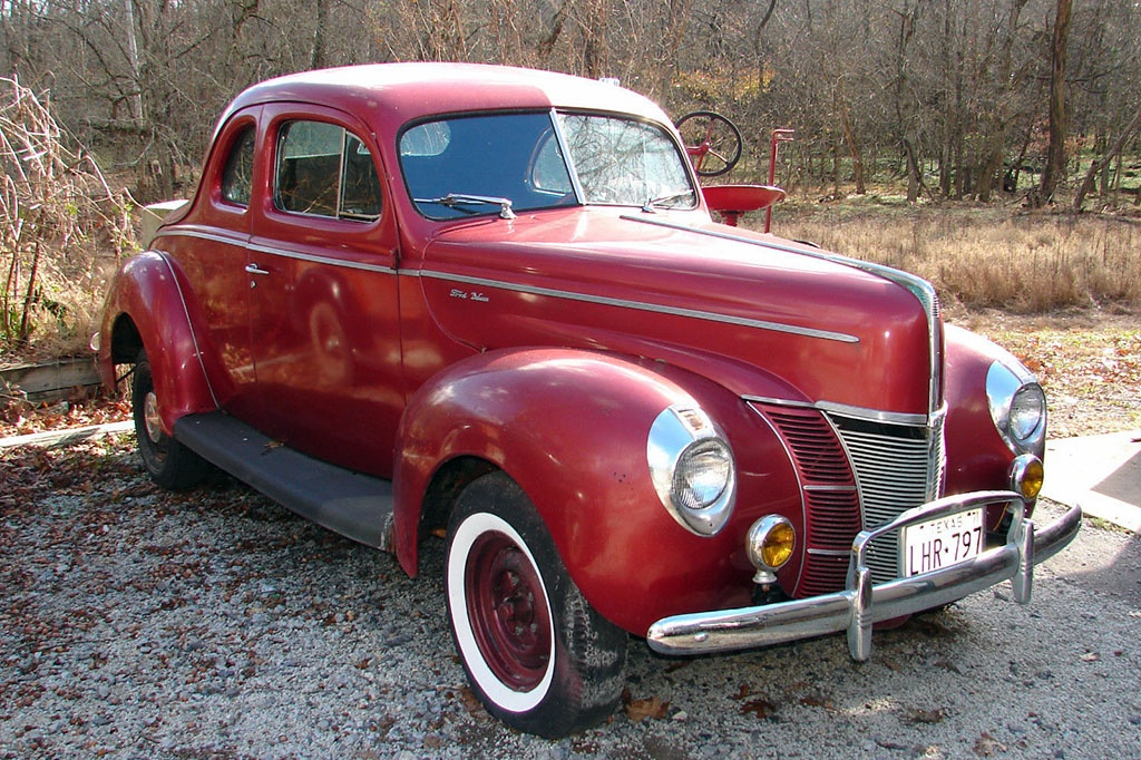 Barn Hot Rod 1940 Ford Coupe