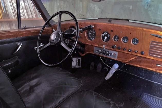 1953 Bentley R-Type Continental Interior