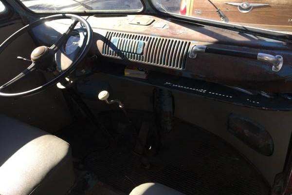 1960 VW Kombi 11 Dash