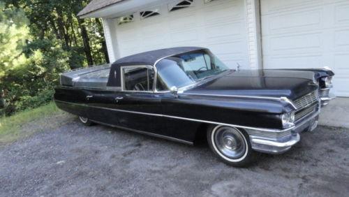 El Cadimino 1964 Cadillac Flower Car