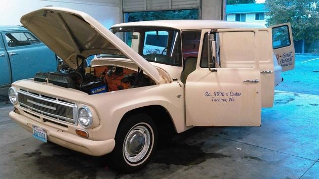 1967 International Panel Wagon