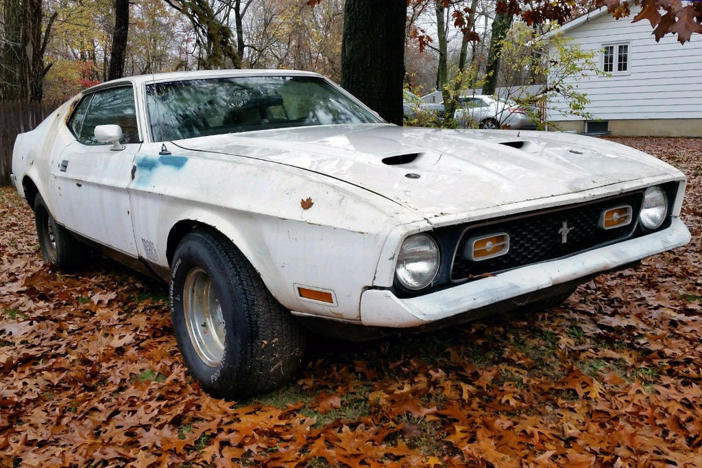 Cobra Jet Project: 1972 Mustang Mach 1