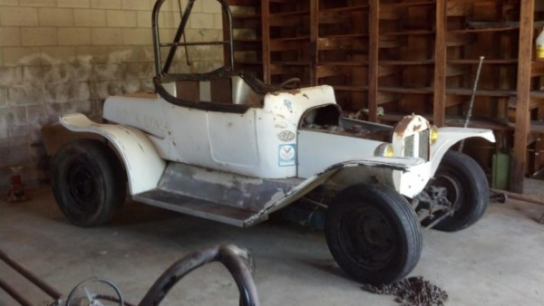 23T Street Roadster drag car right front