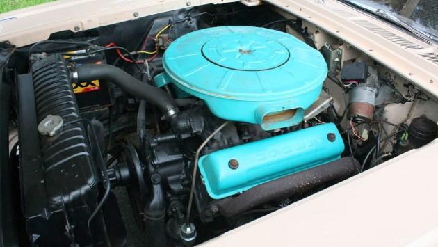 312 V8