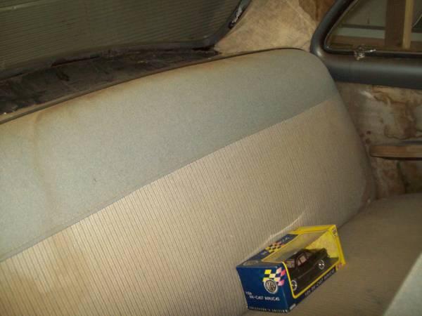 '49 Ford backseat