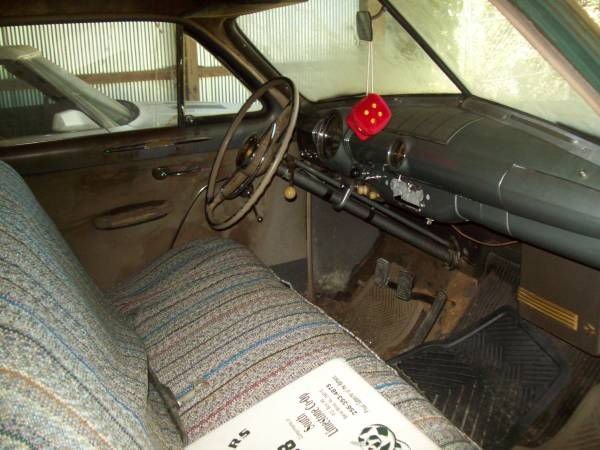 '49 Ford front seat