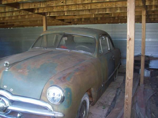 '49 Ford left side