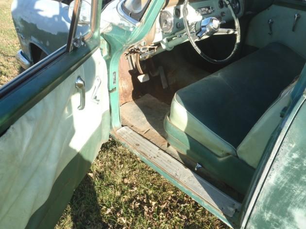 '55 Plymonth Plaza wagon int
