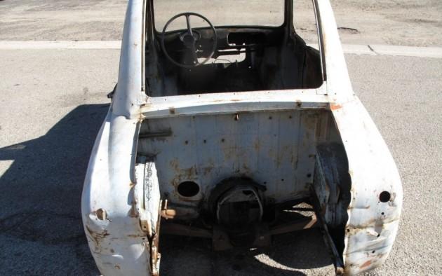 '57 2nd Vespa 400 rear