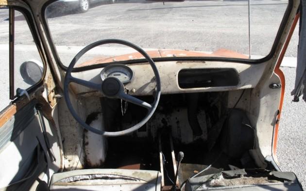 '57 Vespa 400 int