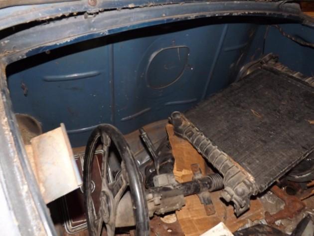 '58 Austin boot parts