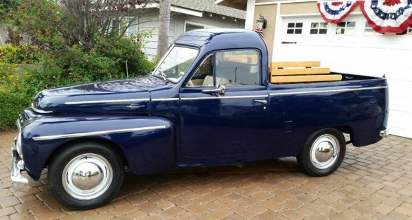 '59 Volvo pickup left side