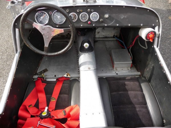 '62 Super Seven seats dash