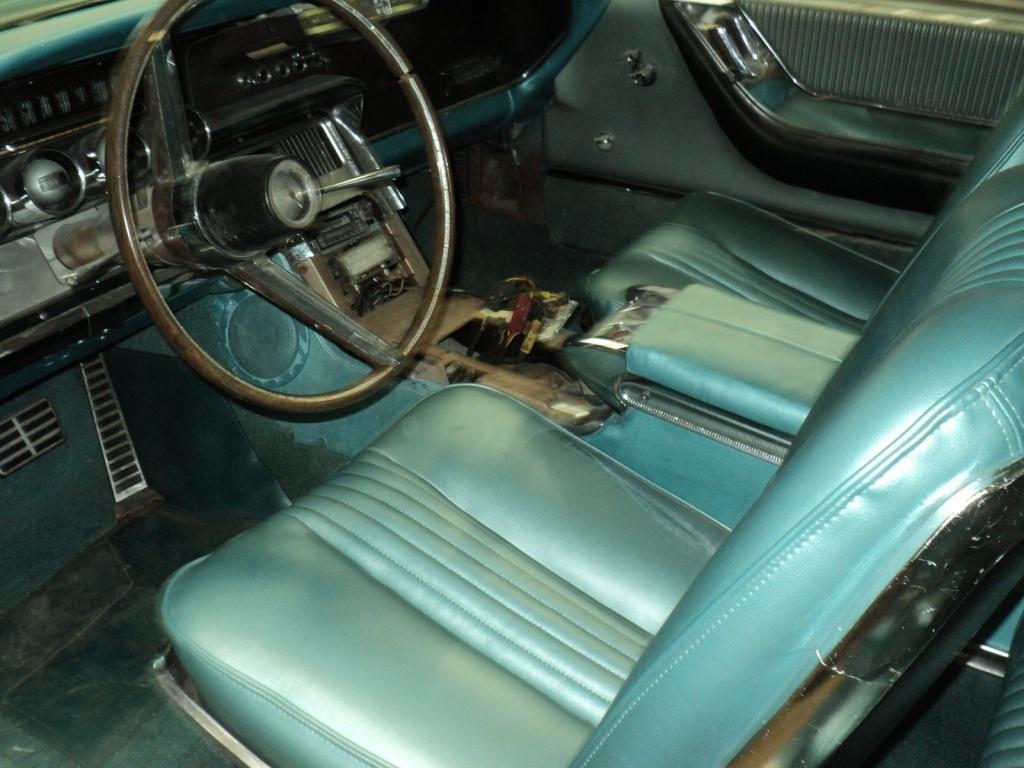 '64 Thunderbird front seats