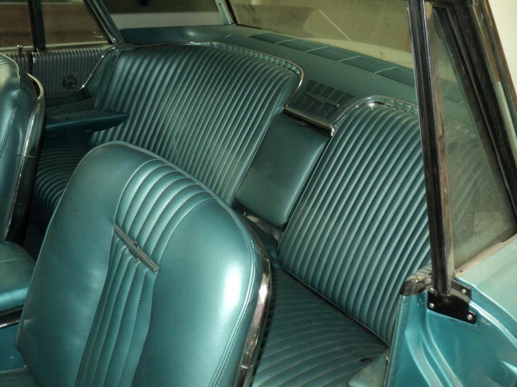 '64 Thunderbird seats