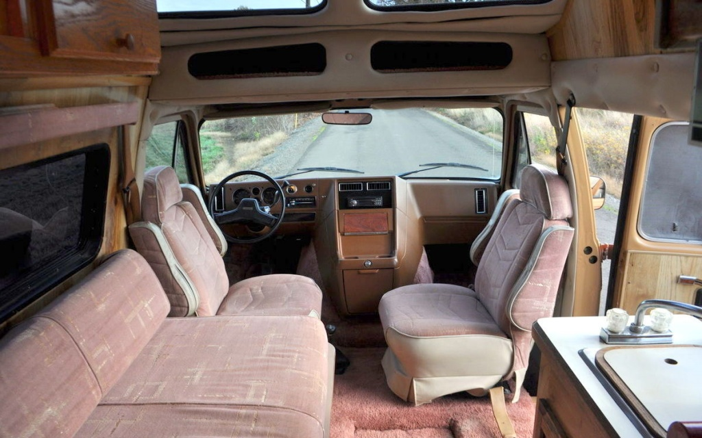 Ready To Play 1989 Chevrolet Falcon 4x4 Van