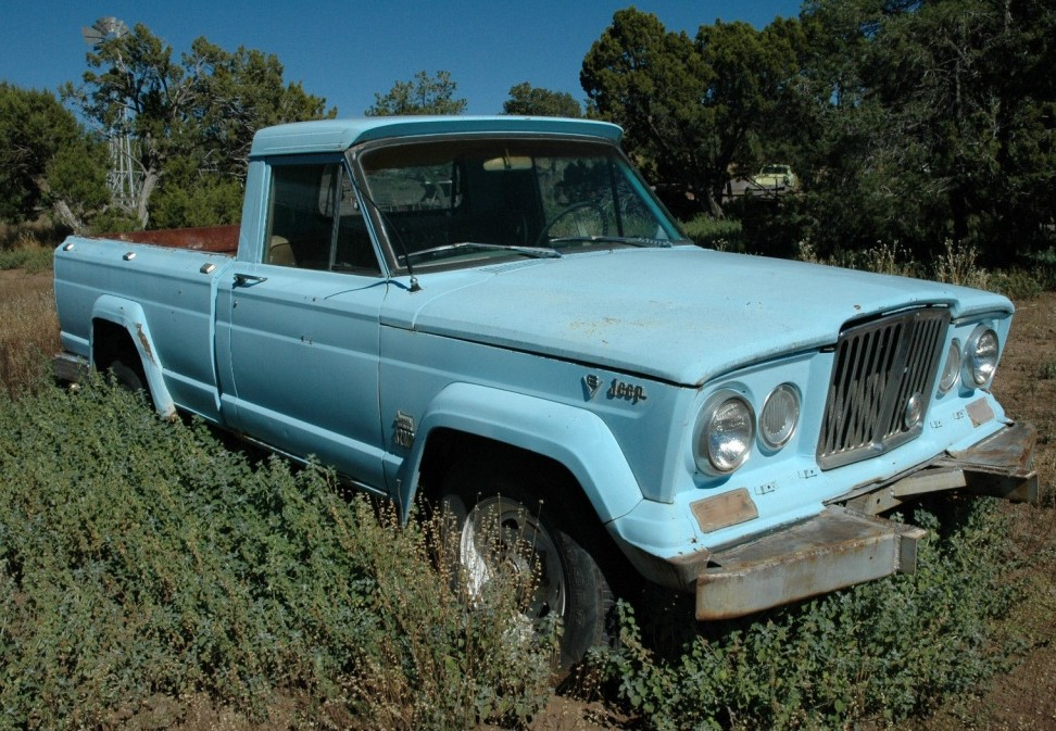 Ran When Parked: 1966 Jeep J2000 Pickup