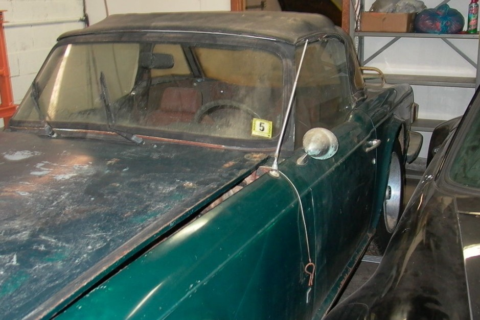 Pulled Out Of A Barn Last Week: 1974 Triumph TR6