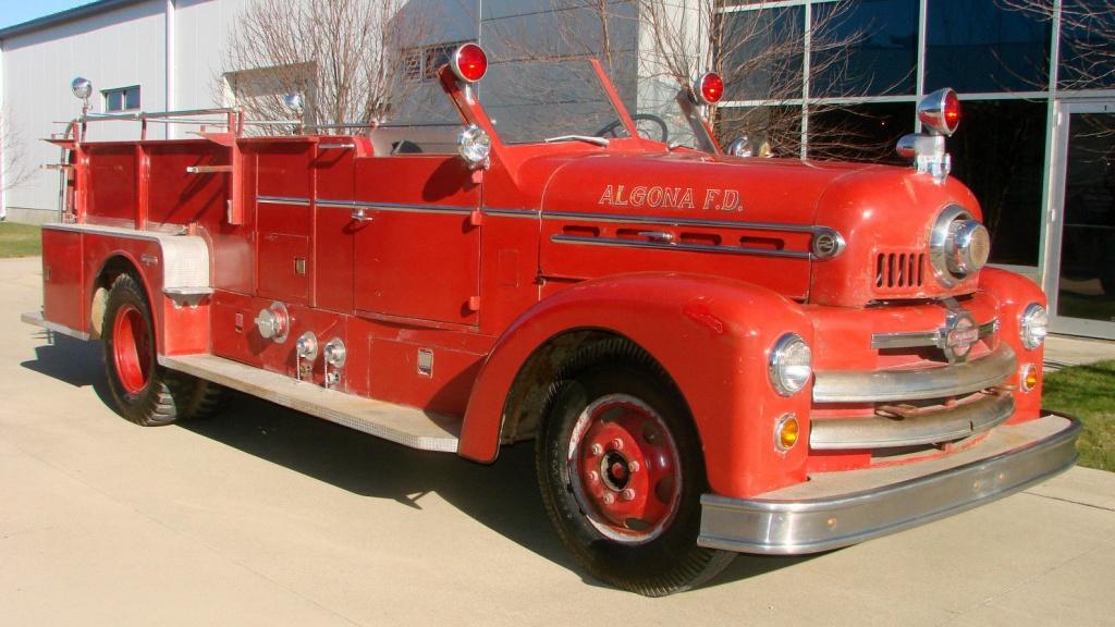 Firetrucks barn finds last minute gift idea 1952 seagrave firetruck publicscrutiny Choice Image