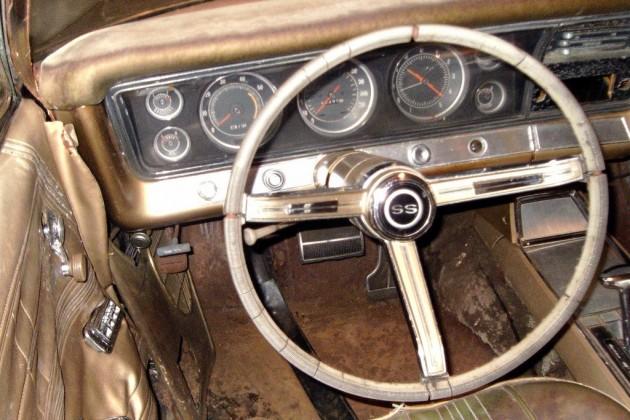 Big block drop top 1967 chevrolet impala ss for Chevrolet impala 2015 interior