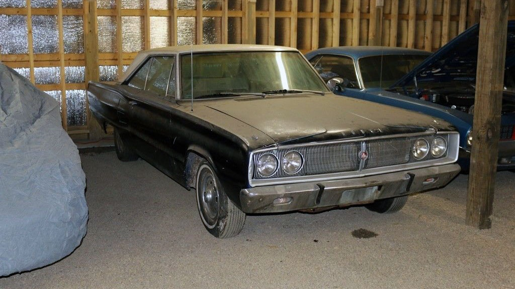 Vintage Flair: 1967 Dodge Coronet 440