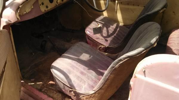 '37 Fiat seats
