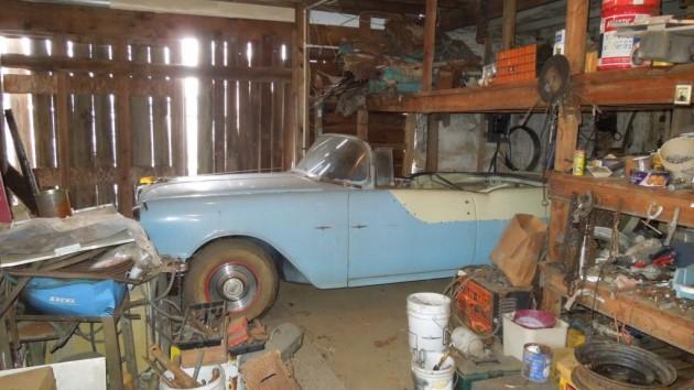 '55 Pontiac Star Chief barn