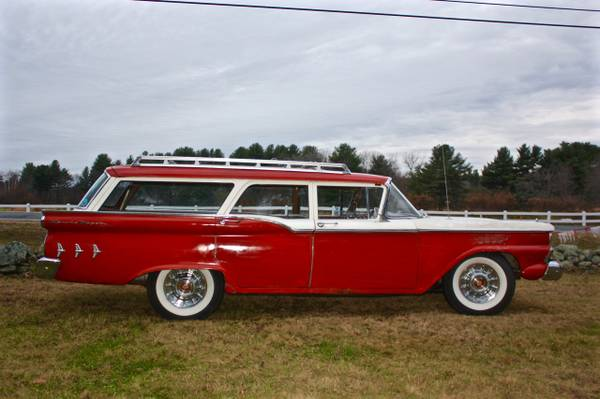 '59 Ford wagon right side