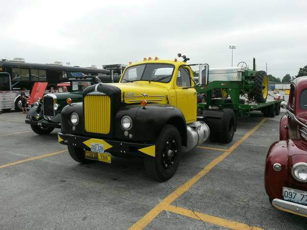 1959 Mack B 61 Is Ready To Roll