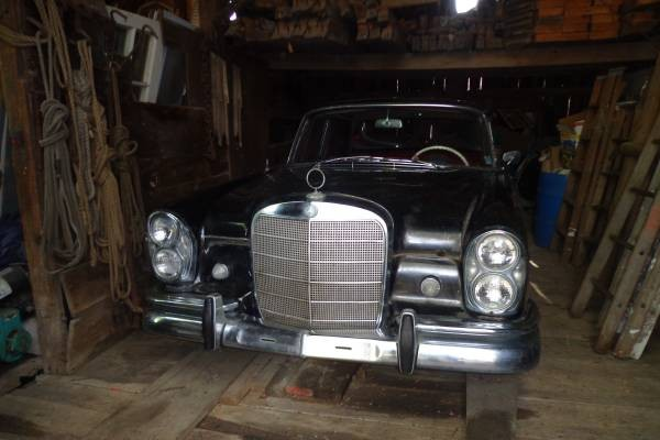 Barn Finds Deal Of The Day? 1964 Mercedes 220S