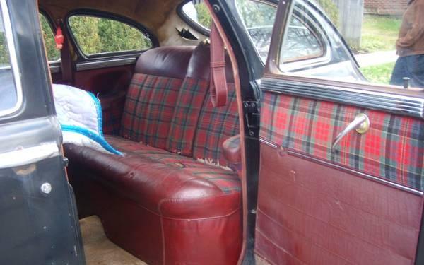 Chrysler rear seat
