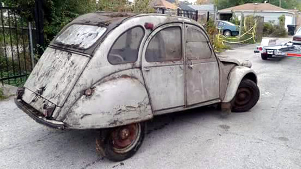 Dirty 1968 Citroen 2CV