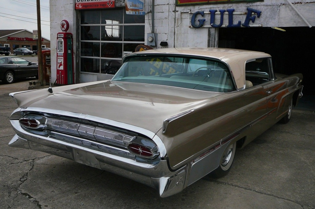 Low Mileage And Huge 1959 Lincoln Premiere